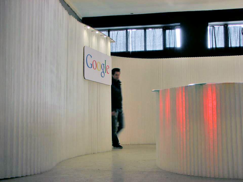 Custom tradeshow booth design for Google